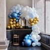 Ballonggirlang Blå/Guld/Vit med 200 ballonger