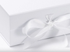 Presentbox med band Vit  33 x 25 x 11 cm