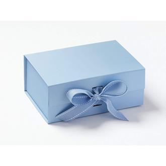 Presentbox med band Blå 23,5 x 17 x 10 cm