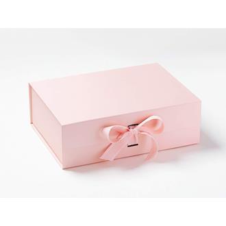 Presentbox med band Ljusrosa 33 x 25 x 11 cm