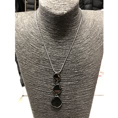 Halsband 3 platta stenar svart