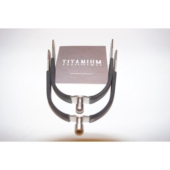 Sporrar Titanium pearl 15mm bl/tit
