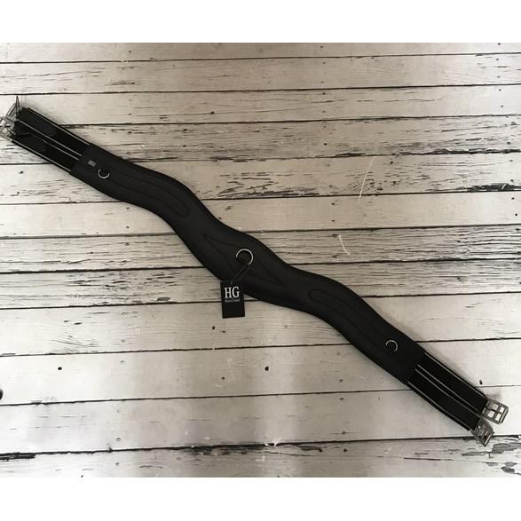 Sadelgjord svängd svart