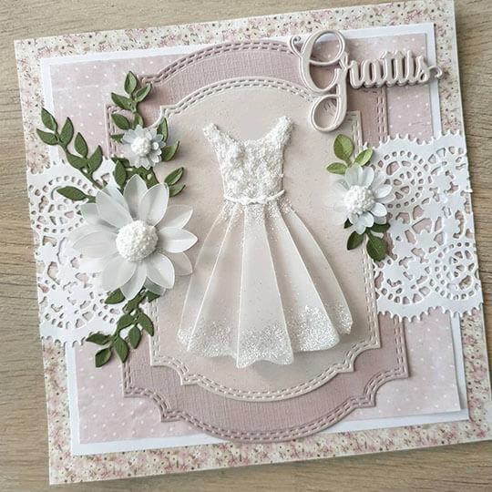 Rosa kort med klänning