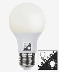 Star Trading Illumination LED Opal med skumringssensor E27 12W (≈75W)