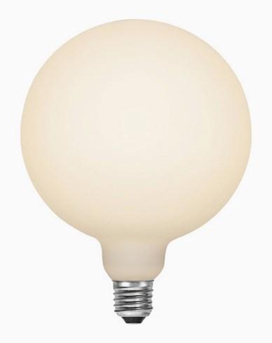 Star Trading LED-lampa glob Ø150 Frostad E27 6W/2700 (48W)