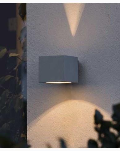Konstsmide Modena vegglampe square grå. 7341-300.