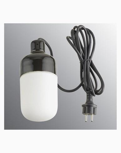 Ifö Electric Ohm Pendel Outdoor 100 höjd 215 mm, svart matt opalglas 3m svart gummikabel med stickpropp, IP44, E27, 40W