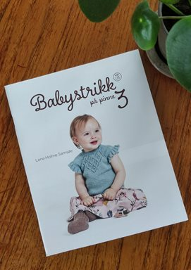 Babystrikk på pinne 3 - häfte 03