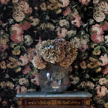 Blommiga tapeter från House of Hackney
