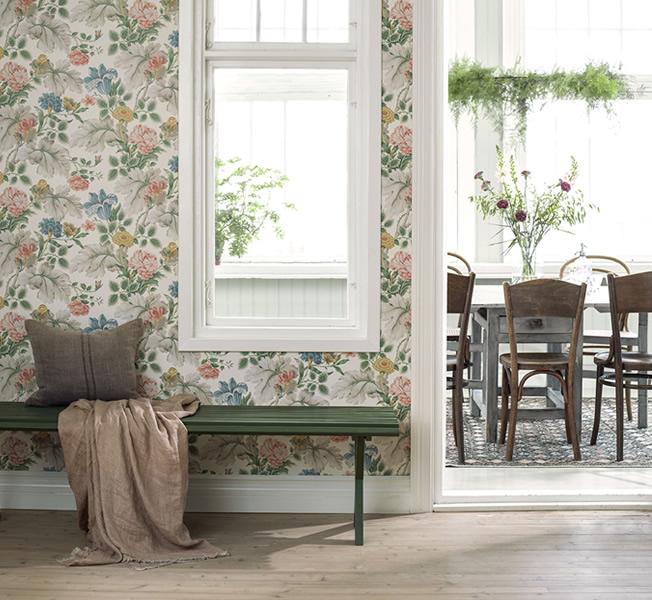 Blommig tapet från Boråstapeter
