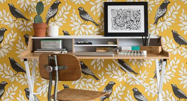 Gul retrotapet med fåglar - Songbird - Från MissPrint