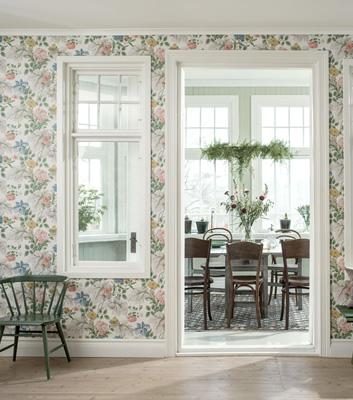 Blommig tapet till fondvägg - Carnation Garden - Från Boråstapeter