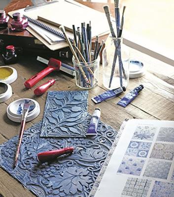 William Morris atelje för att måla tapeter