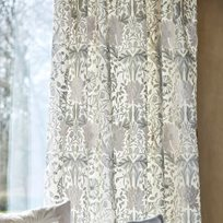 William Morris & co Pure Honeysuckle & Tulip Embroidery Tyg