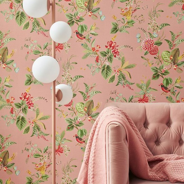 Pip Floris, Pink