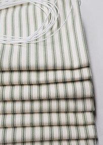 Ian Mankin Ticking Stripe 01 Sage Tyg
