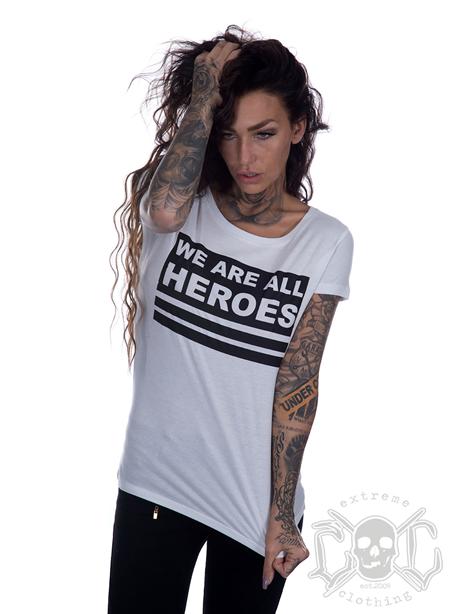 Bikergirl We Are All Heroes Tee, Vit