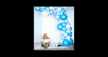 Balloon arch kit light blue