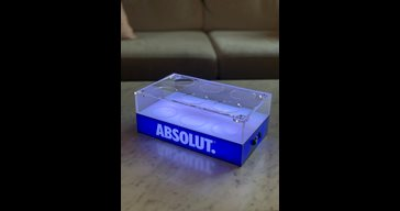 LED tray for cans
