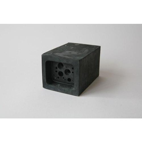 Small Bee Block svart - Bi och insektshus